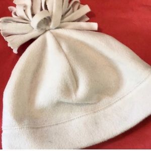 LANDS'END GUC SIZE M IVORY THERMACHECK FLEECE HAT